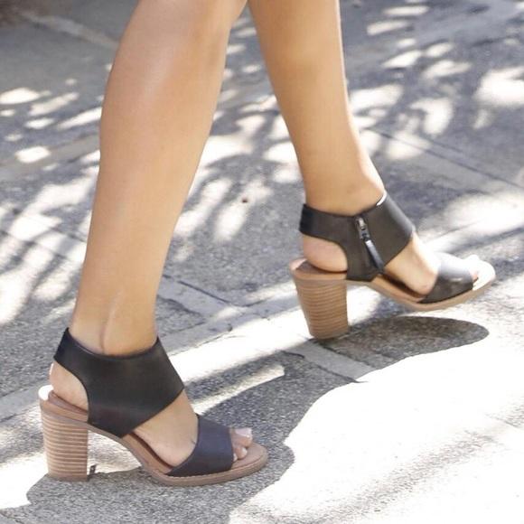 Black Leather Majorca Cutout Sandals